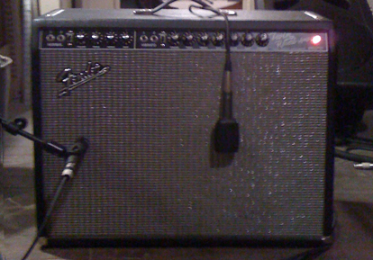 Live Sound 101– Micing a Guitar Amp Without a Stand